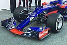 Forma-1 Itt a teljesen új Toro Rosso: totálisan más festést kapott az autó
