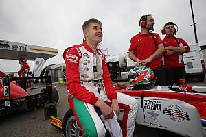 EUROF3 Ultime notizie Juri Vips debutta nell'Europeo di F3 con la Motopark