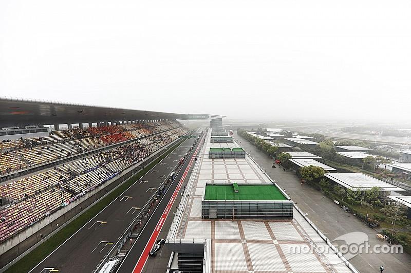 Команди Ф1 обговорюють перенесення гонки ГП Китаю на суботу