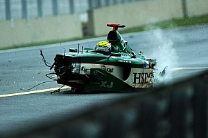 Формула 1 Топ список Ретро-відео: як Веббер і Алонсо вщент розтрощили машини на Інтерлагосі