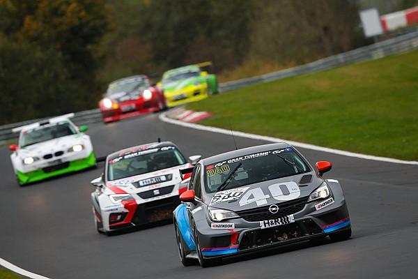 Al Nordschleife è grande festa per la Opel Astra della Kissling Motorsport