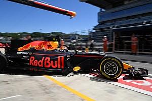 Forma-1 Jelentés a szabadedzésről Verstappen Ricciardóra támaszkodik, az ausztrál pedig próbálkozik