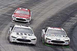 NASCAR Cup Comentario El  esfuerzo de equipo permite el resurgimiento de Ford