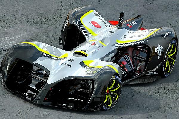 """RoboRace: """"Dieses Auto ist aus der Zukunft und es ist jetzt da"""