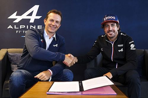 Alpine announces Alonso renewal for 2022 F1 season