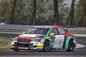 WTCC Race report Sébastien Loeb Racing, wins and a one-two-three success at Slovakia Ring