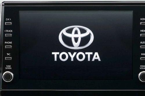 Chiphiány miatt kénytelen csökkenteni termelését a Toyota is