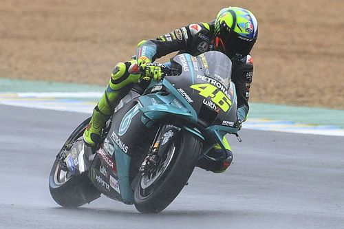 """Rossi had liever complete regenrace: """"Was snel op de natte baan"""""""