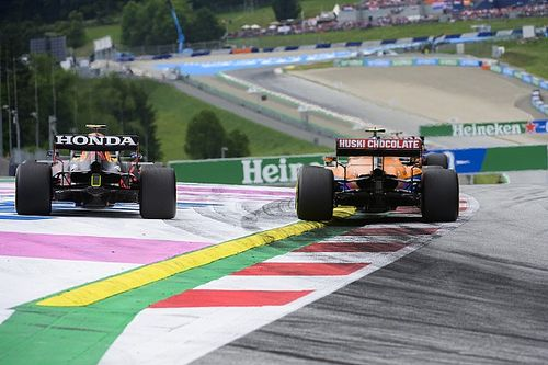 Montoya: 'Crazy' to penalise F1 drivers for defending outside moves
