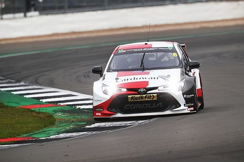 Silverstone BTCC: Butcher doubles up with race two win