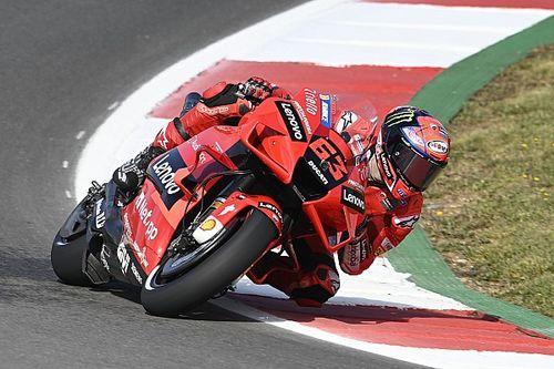 MotoGP, Portimao, Libere 2: Bagnaia vola, Marquez sesto
