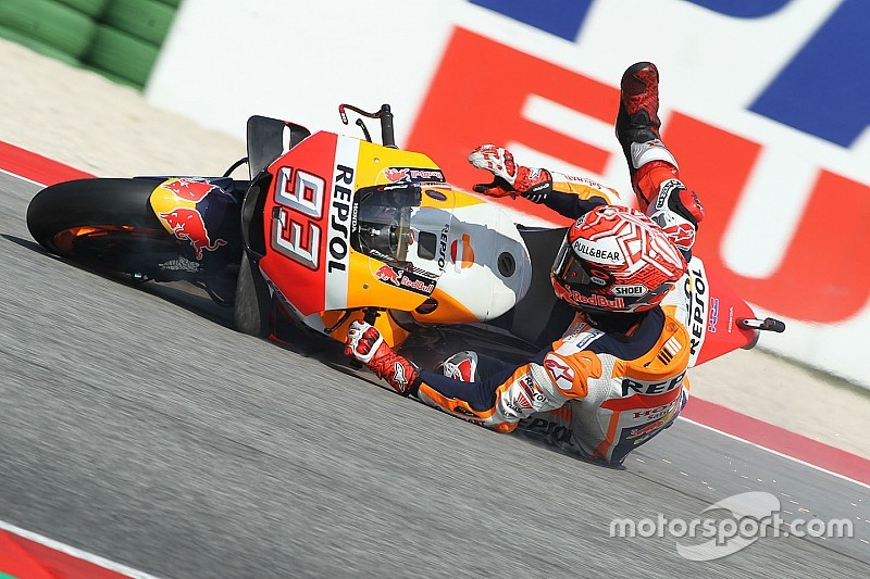 "Márquez: ""Estaba dando vueltas por la grava pensando en la segunda moto"""