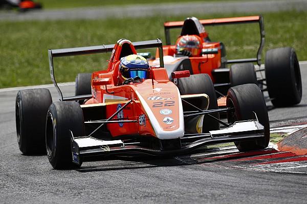 Harrison Scott coglie il primo successo in Gara 3 a Monza