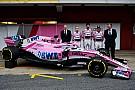 GALERIA: Force India revela carro 2018 no pit de Barcelona
