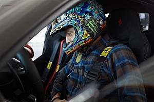 Automotive Laporan tes Valentino Rossi uji coba Ferrari 488 Pista