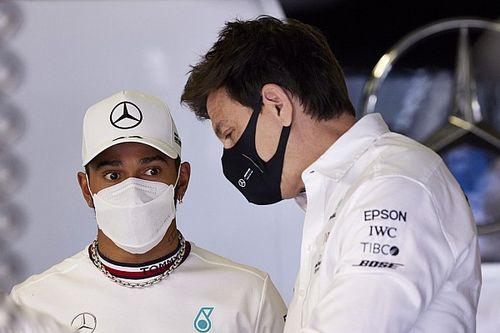 """Mercedes accuse Red Bull de vouloir """"ternir"""" la réputation de Hamilton"""