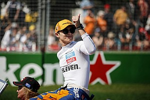 """Норріс """"пілотував як ветеран"""" у своїй дебютній гонці в Ф1"""