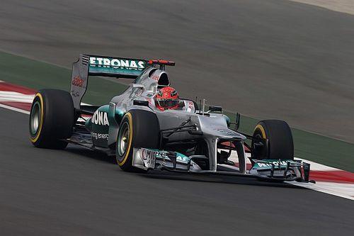 Ablösung durch Lewis Hamilton: Michael Schumacher trug es mit Fassung