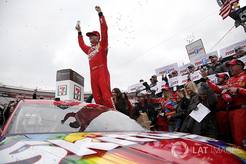 Kyle Busch moves Larson to win thrilling Bristol Cup race