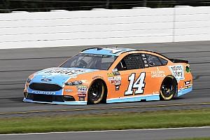 NASCAR Cup Reporte de la carrera Clint Bowyer gana la Etapa 2 en Pocono