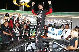 NASCAR Cup Relato da corrida Truex Jr domina e vence etapa de Kentucky da NASCAR Cup