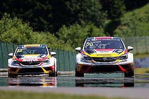 TCR Qualifying report Mat'o Homola sets pole in eventful qualifying session at the Salzburgring