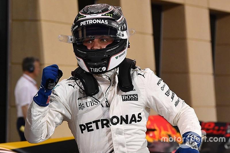 GP Bahrain: Bottas rebut pole perdana, Mercedes 1-2