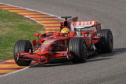 """فالنتينو روسي """"يشعر بالغيرة الشديدة"""" من سائقي الفورمولا واحد الذين سيقودون في موجيللو"""