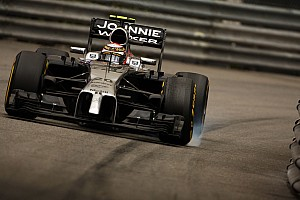 Magnussen: McLaren, Hamilton'a yaptığı gibi benim de özgürlüğümü kısıtladı