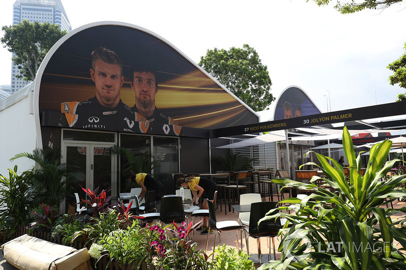 Renault Sport F1 Team: Teamquartier