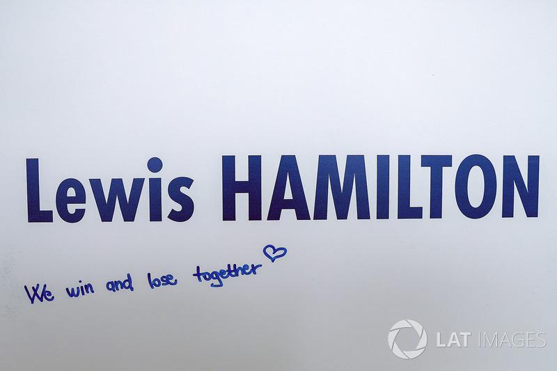 Gruß an Lewis Hamilton