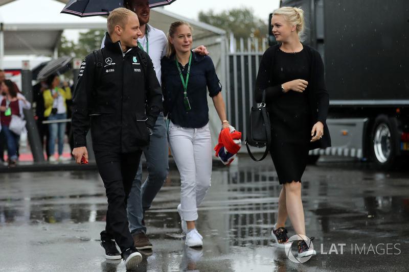 Валттері Боттас, Mercedes AMG F1, зі своєю дружиною Емілією Піккарайнен