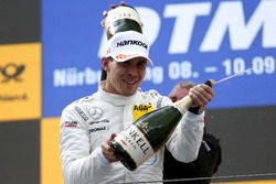 Podio: Robert Wickens, Mercedes-AMG Team HWA, Mercedes-AMG C63 DTM