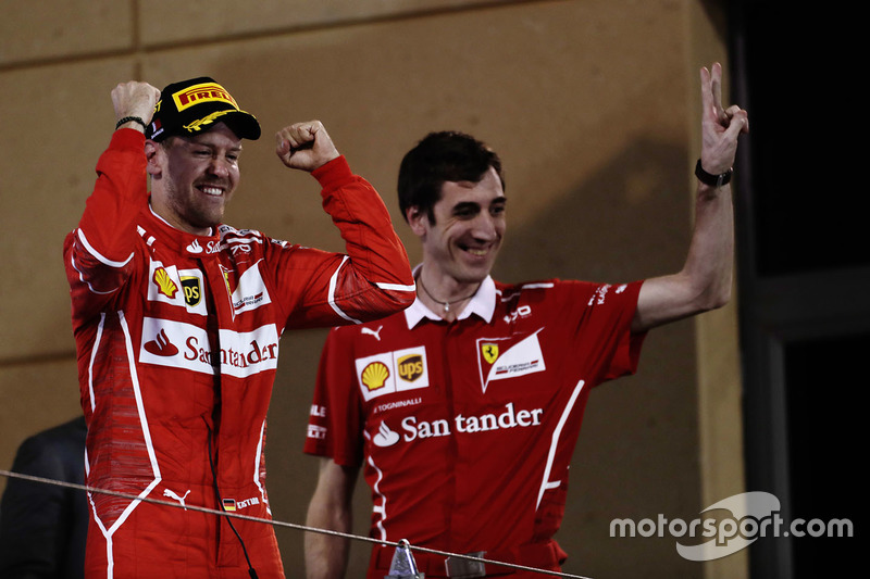 Podium: winner Sebastian Vettel, Ferrari, Matteo Togninalli, Chief Race Engineer, Ferrari
