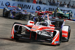 Nick Heidfeld, Mahindra Racing; Jose Maria Lopez, DS Virgin Racing; Sam Bird, DS Virgin Racing