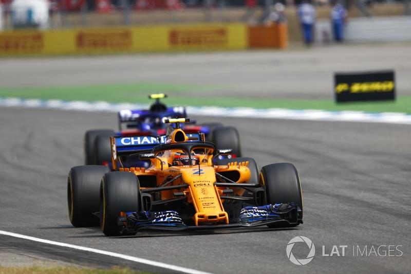 13e : Stoffel Vandoorne (McLaren)