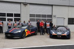 Aston Martin y KTM X-Bow