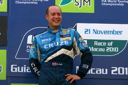 Podio: Rob Huff, Chevrolet Cruze