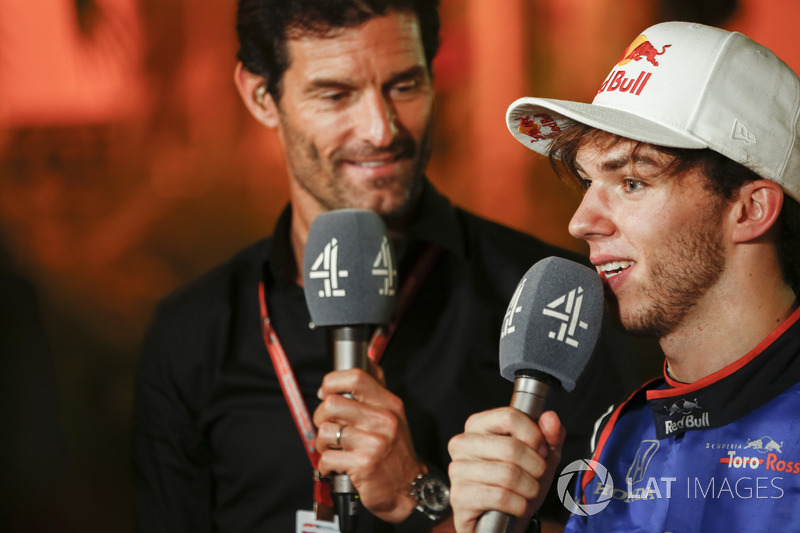 Mark Webber, Channel 4 F1, interviews Pierre Gasly, Toro Rosso