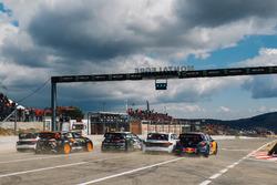 Start action, Sébastien Loeb, Team Peugeot Total, Mattias Ekström, EKS Audi Sport, Johan Kristoffersson, PSRX Volkswagen Sweden, Guerlain Chicherit, GC Competition