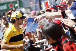 Карлос Сайнс, Renault Sport F1 Team