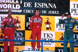 Podio: il vincitore della gara Alain Prost, McLaren, il secondo classificato Nigel Mansell, Williams, third place Alessandro Nannini, Benetton