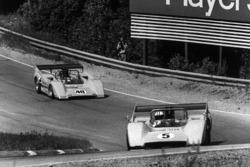 Денні Х'юм, McLaren M8D-Chevrolet, Ден Герні, McLaren M8D-Chevrolet