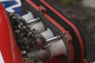 Впускна система мотора Естонії Дмитра Гайдамаченко