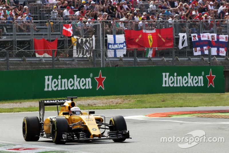 21: Кевін Магнуссен, Renault Sport F1 Team RS16