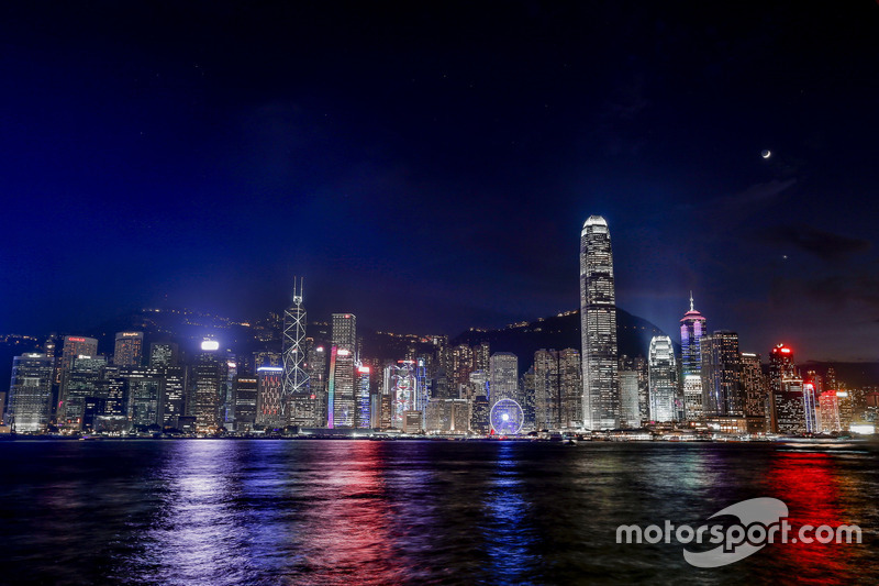 Atmosphere in Hong Kong