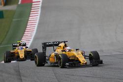 Кевин Магнуссен, Renault Sport F1 Team RE16