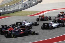 Felipe Massa, Williams FW38 leads Valtteri Bottas, Williams FW38; Nico Hulkenberg, Force India VJM09; Carlos Sainz Jr., Toro Rosso STR11 and Fernando Alonso, McLaren MP4-31
