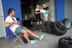 Жан-Карл Вернэ, Leopard Racing Team WRT