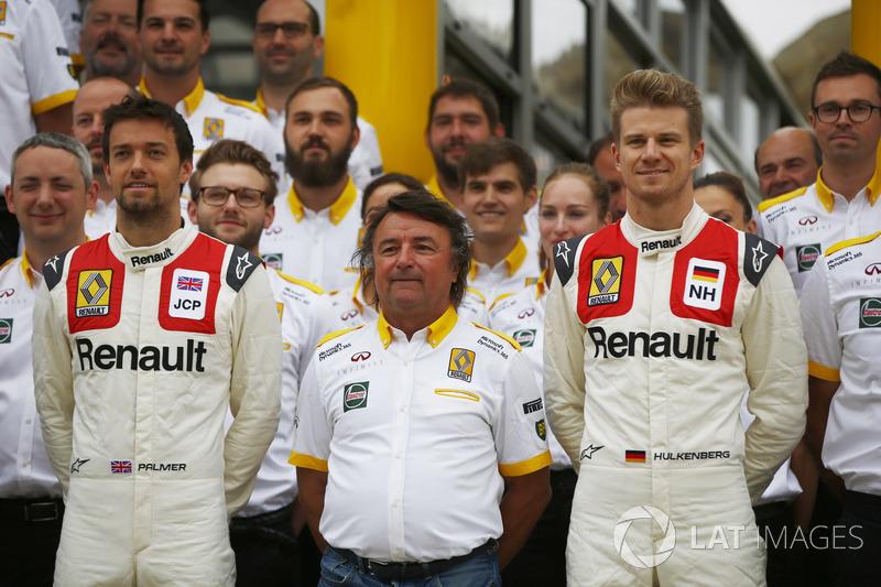Jolyon Palmer, Renault Sport F1 Team, Nico Hulkenberg, Renault Sport F1 Team, con René Arnoux, usand